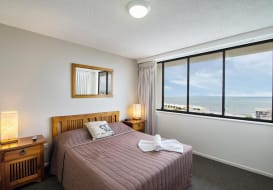 Kings-Beach-Accommodation-11