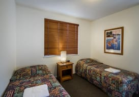 Kings-Beach-Accommodation-13
