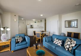 Kings-Beach-Accommodation-16