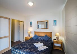 Kings-Beach-Accommodation-18