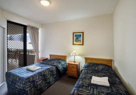 Kings-Beach-Accommodation-20