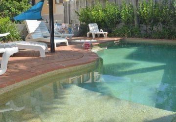 Caloundra-Resort-Pool